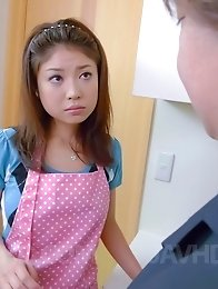 Mafuyu Hanasaki Asian brings orgasms with dildo and vibrator