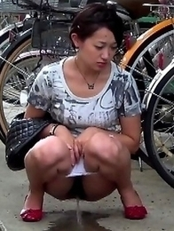 Japanese Piss Fetish Videos - Girls Pissing - Piss And Go