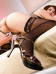 Yurika Momo Asian in hot lingerie is pumped with vibrators by man